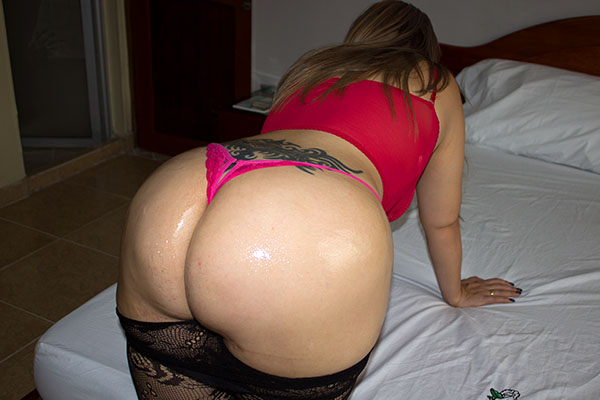 Yeah big oiled up asses The most beautiful