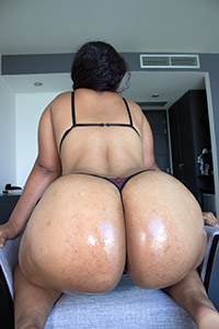 Shirley - Big Fat Ass